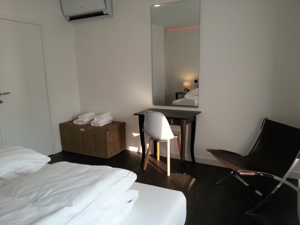 Bedroom with aircon and king size bed